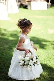 flower girl wedding 25 lovely flower girl basket ideas to try weddingomania