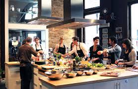 cours de cuisine bulle ateliers saveurs école de cuisine cocktails et vins pour tous