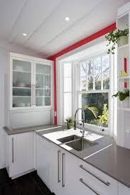 cuisine placard coulissant cuisine placard coulissant cuisine avec orange couleur placard
