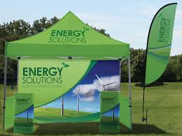outdoor displays front row signs