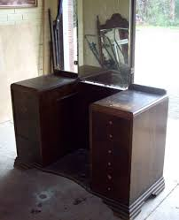 Unique Bedroom Vanities Modular Shaped Antique Bedroom Vanity With Mirror And Small Padded