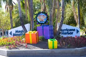 Six Flags Holiday In The Park 2014 Six Flags Magic Mountain Update November 4th 2017 California