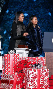 michelle and sasha obama steal the show at the national christmas
