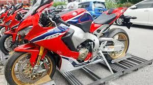 honda sp1 the new honda cbr1000rr fireblade is already here in malaysia