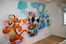 fresque murale chambre bébé inspirant décoration murale chambre bébé disney vkriieitiv com