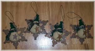 primitive ornaments and snowman from patchwork paint