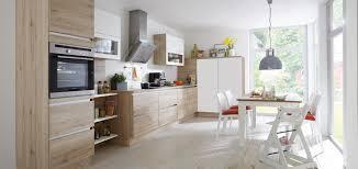 comment am駭ager une cuisine en longueur comment aménager une cuisine en longueur madame figaro