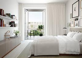 d馗oration chambre en ligne accrochages lignes horizontales épais rideau et joli vue