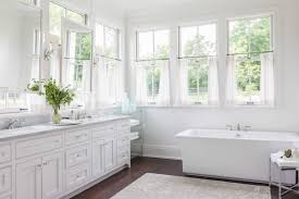 Bathroom Valance Ideas by Tips U0026 Ideas For Choosing Bathroom Window Curtains With Photos