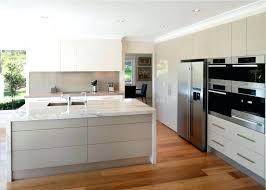 couleur de meuble de cuisine meuble cuisine beige cuisine meuble cuisine laque avec blanc couleur