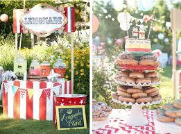 carnival weddings kara s ideas outdoor wedding reception carnival circus