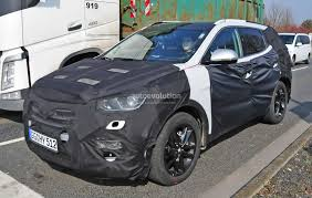 hyundai jeep 2015 2017 hyundai santa fe facelift spyshots show new lights and