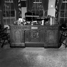 Presidential Desks Kn 23056 A President John F Kennedy U0027s Hms Resolute Desk In The