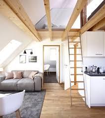 Schlafzimmer Mit Holzdecke Einrichten Dachgeschoss Wohnungen Einrichten Ideen