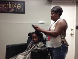 black hair stylists in nashville what this white mom did to her black daughter s hair the first