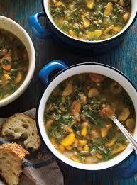 cuisiner les fanes de carottes soupe aux lentilles et aux fanes de carottes ricardo