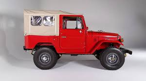 land cruiser fj40 toyota u0027s 40 series land cruisers come back to the states autoweek