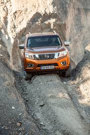 nissan np300 navara navara 2016 receives new power units