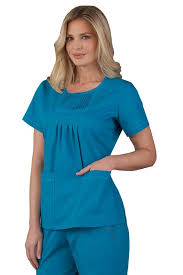 blunders to avoid while selecting nursing scrubs