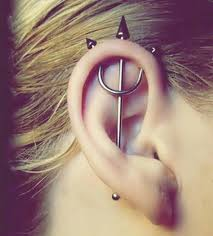 heart cartilage 90 ways to express your individuality with a cartilage piercing