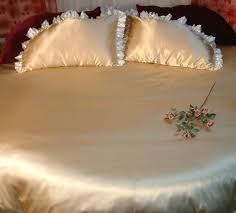 bamboo bedding and bed linen sets for round beds between the sheets