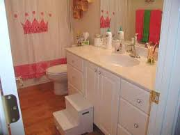 best 25 little bathrooms ideas on pinterest bathroom
