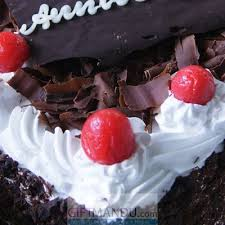 cute mini black forest cake from hotel annapurna send gifts to nepal