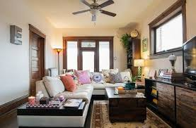 how to decorate a simple eclectic and shabby chic living room
