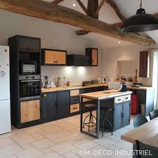 meuble de cuisine style industriel cuisine de style industrielle acier bleuté et bois massif m déco