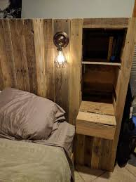 Headboards Made With Pallets Diy Pallet Wood Headboard With A Secret Stolen From You Kim Wore