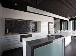 cuisine gris noir cuisine et noir bari buffet de cuisine blanc et noir with