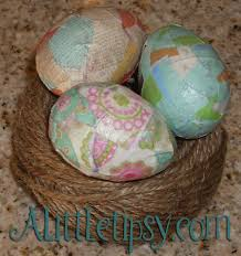 decorative eggs that open 11 ways to decorate plastic easter eggs a tipsy