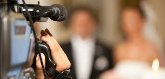 wedding videographer what to look for in a wedding videographer bellozino