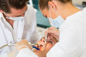 Surgical Assistant Duties What Is The Average Dental Assistant U0027s Salary In Michigan