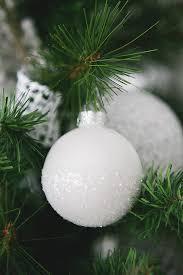 white tree ornaments eighteen25