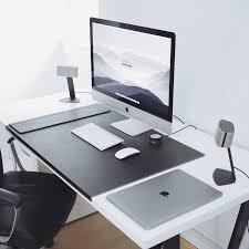 Modern Computer Desk Best 25 Desk Setup Ideas On Pinterest Computer Setup Gaming
