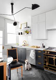 two tone kitchen cabinets with black countertops 5 tips for choosing colors for two tone kitchen cabinets