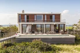 design homes 7 impressive homes built to resist disasters inhabitat