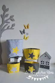 chambre gris et jaune charmant chambre gris et jaune avec lot pochons rangement atoiles