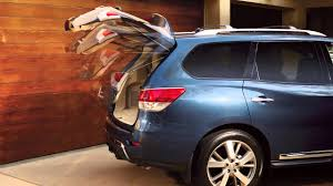 nissan pathfinder youtube 2015 2015 nissan pathfinder power liftgate youtube