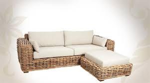 coussins canapé canapé en rotin clair 2 places avec pouf et coussins