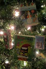 Christmas Book Ornaments - 25 days of christmas book inspired ornaments scholastic
