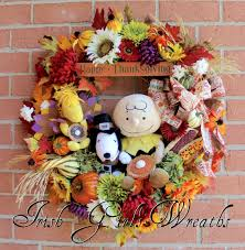 charlie brown thanksgiving full deluxe it u0027s thanksgiving charlie brown wreath by irish girls