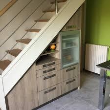 cuisine sous escalier avoine agencement cuisines sur mesure