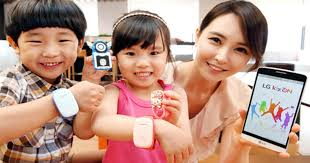 children s gps tracking bracelet wearable gps tracking for children to ease parents minds cbs news