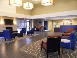 Comfort Suites North Hotel Comfort Suites Youngstown North Oh Booking Com