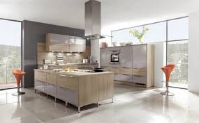 moderne kche mit kochinsel und theke moderne küchen küchen aktuell arctar theke küche holz