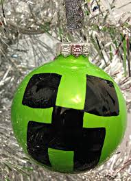make a minecraft creeper ornament totally the bomb