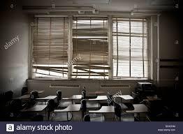 window blinds stock photos u0026 window blinds stock images alamy