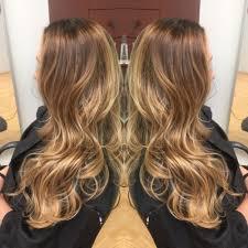 Caramel Hair Color With Honey Blonde Highlights Light Ash Dark Brown Base With Gold Beige Honey Blonde Highlights